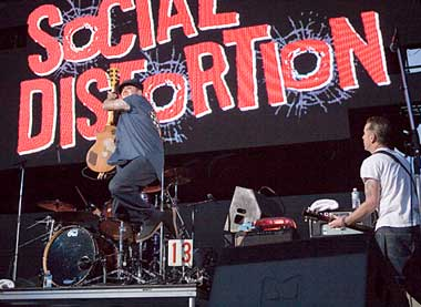 SocialDistortion_07